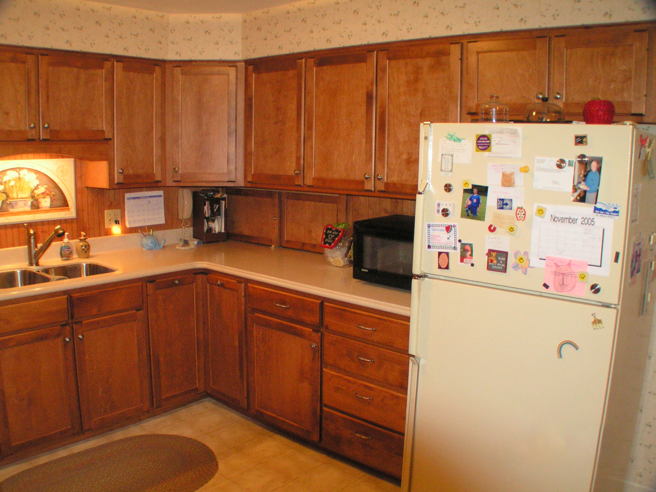 Terrific kitchen cabinet refinishing cost pictures design for Cost to refinish cabinets
